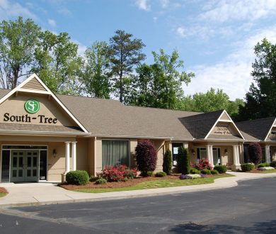 Exterior view of 1100 Commerce Drive office building in Peachtree City, GA.