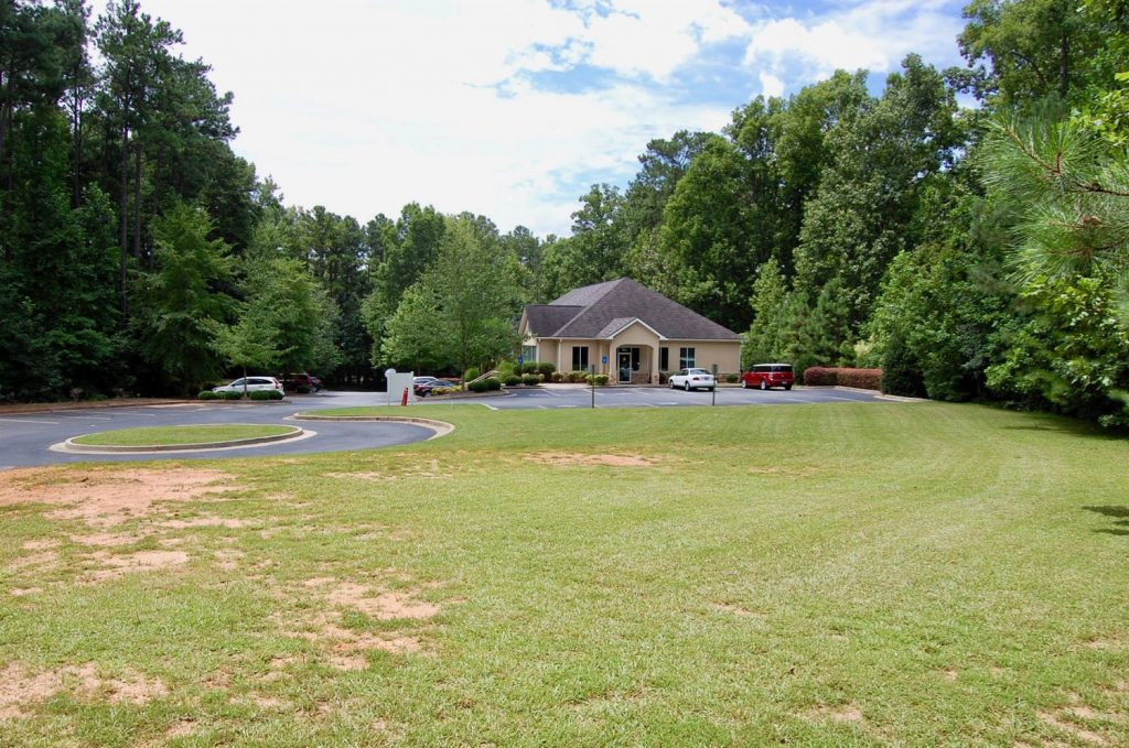 Professional office pad site at 510 Steven's Entry in Peachtree City, GA.