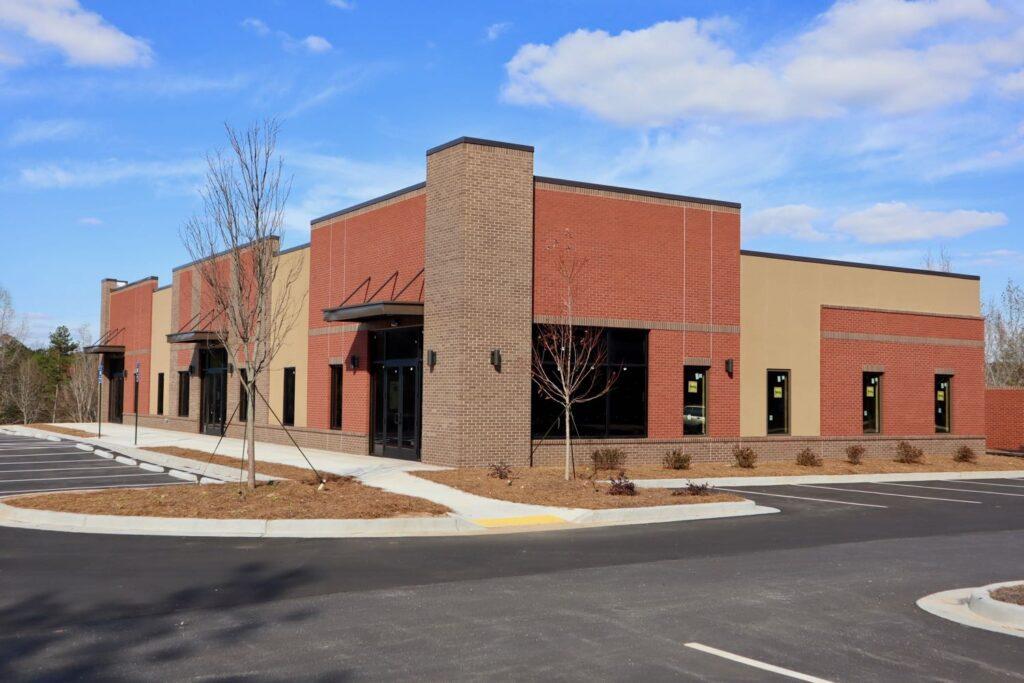 Exterior of 2143 Newnan Crossing Blvd medical office building in Newnan, GA.